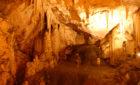 Transport von Paros zum Höhle in Antiparos mit Mietwagen
